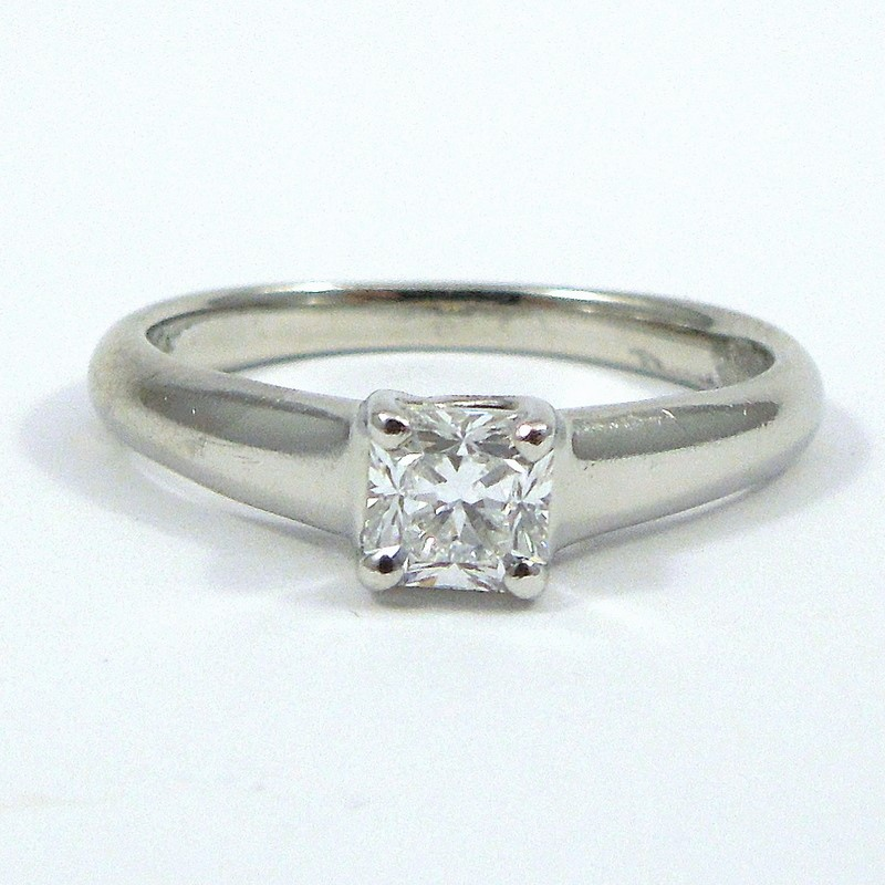 524ad2f07 Tiffany & Company Diamond Engagement Ring 001-100-01077 | Diamond ...
